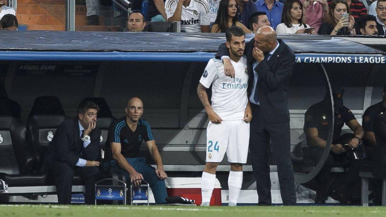 Ceballos nunca encontró su sitio con Zidane. (Reuters)