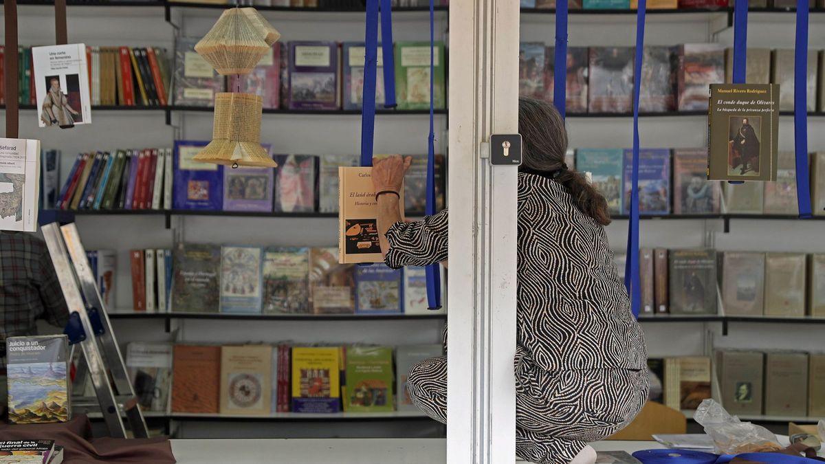Feria Del Libro De Madrid 2019 Horario Firmas Programa Y Cómo Llegar Al Retiro