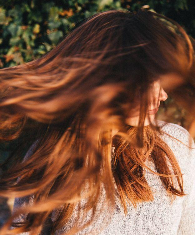 Foto: ¿Sabes cuál es la forma correcta de lavarse el pelo? (Unsplash)