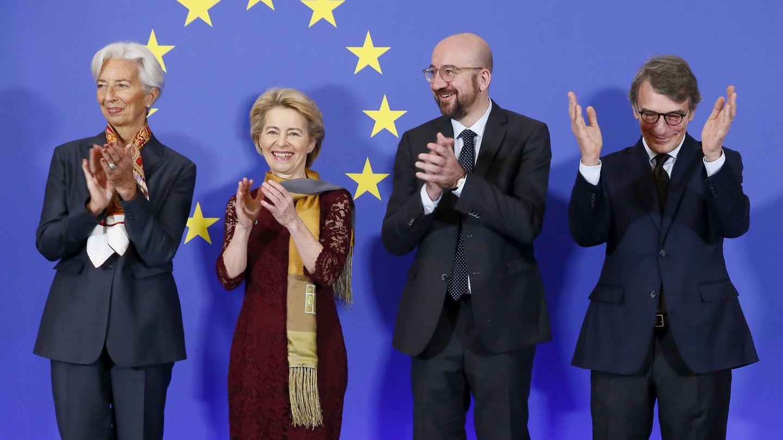 La presidenta del Banco Central Europeo, Christine Lagarde, la presidenta de la Comisión Europea, Ursula von der Leyen, el presidente del Consejo Europeo, Charles Michel y el presidente del Parlamento Europeo, David Sassoli. (EFE)