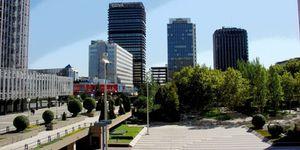Foto: Mutua Madrileña mueve su cartera inmobiliaria: turno de ofertas por la Torre Mahou