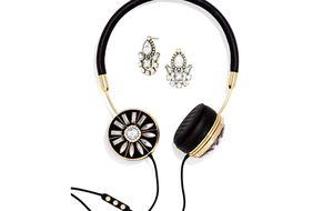 Unos auriculares accesorios