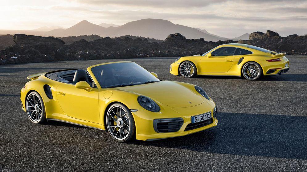 Foto: Porsche 911 Turbo S Coupé y Cabrio