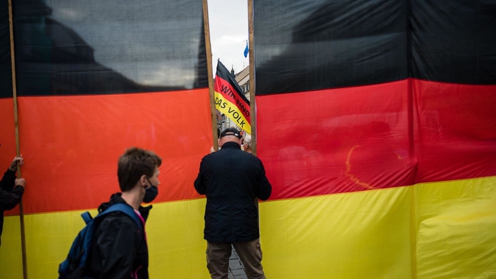 Chats racistas y amenazas de muerte: una red neonazi en el seno de la policía alemana