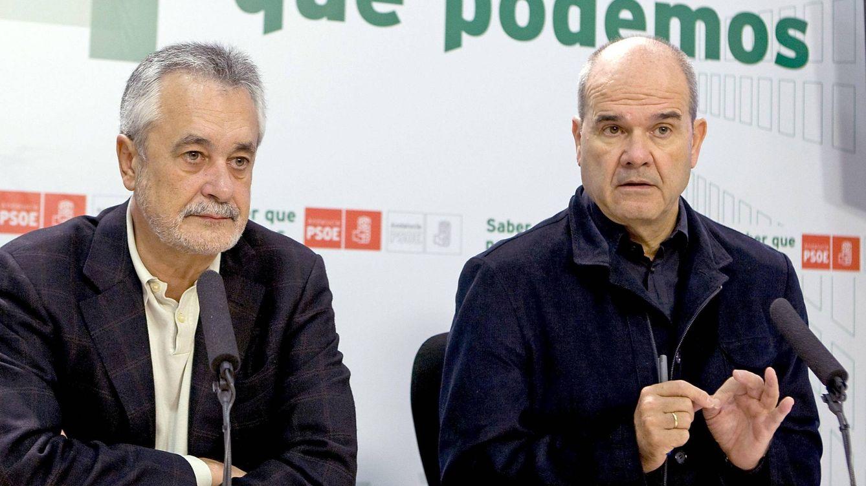 Foto: Los expresidentes de la Junta andaluza José Antonio Griñán y Manuel Chaves (EFE)