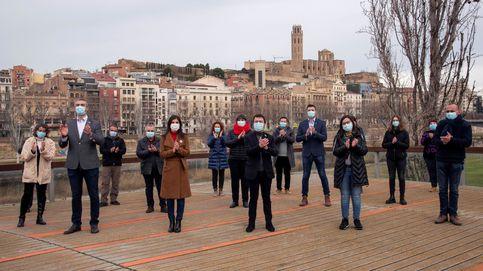 Cataluña pide no romper el confinamiento municipal, pese a permitirlo para ir a mítines