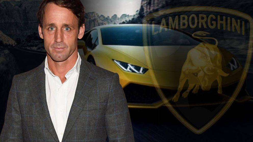 El primer regalo para Álvaro Muñoz Escassi de su esposa: un Lamborghini
