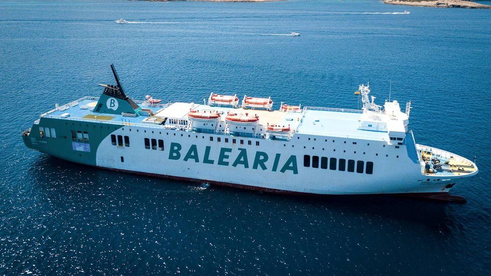 Foto: Uno de los buques de Baleària.