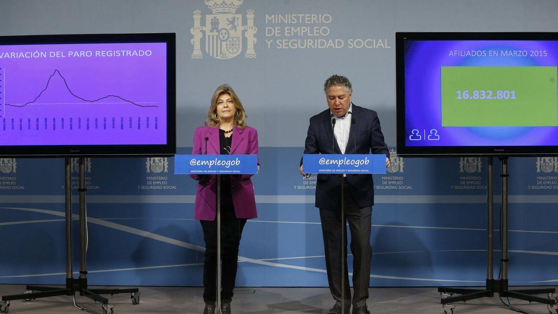 Foto: La secretaria de Estado de Empleo, Engracia Hidalgo, y el secretario de Estado para la Seguridad Social, Tomás Burgos (EFE)