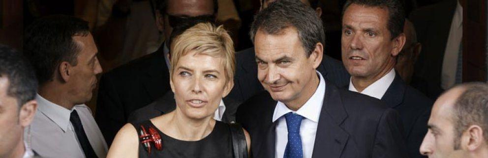 Foto: Las vacaciones deportivas de Zapatero. Él corre y Sonsoles bucea