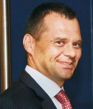 Foto: Víctor Madera, el ministro de Sanidad en la sombra