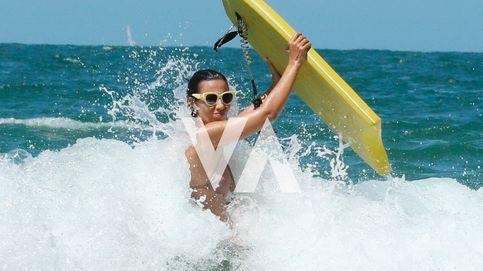 Fotos exclusivas: Ana Pastor, días de relax, familia y surf en las playas gaditanas