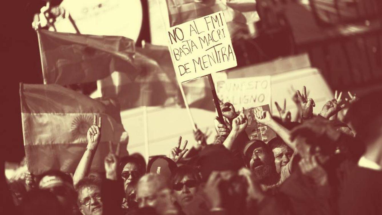 Foto:  Organizaciones de izquierda rechazan el acuerdo crediticio de Macri con el FMI. (EFE)