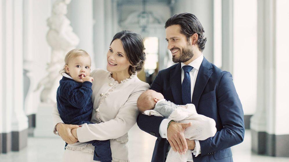 Foto: Carlos Felipe y Sofía junto a Alexander y Gabriel. (Kungahuset)