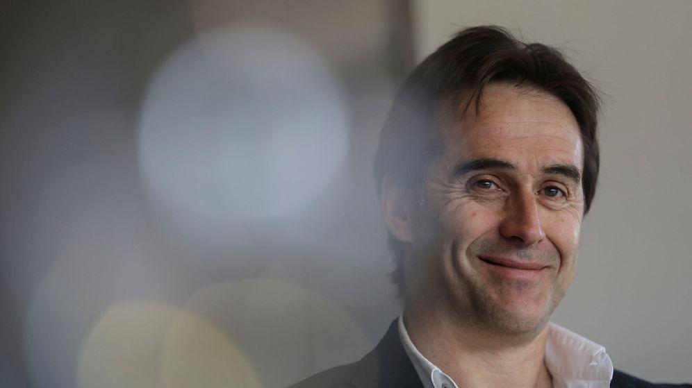 Foto: Julen Lopetegui, muy sonriente, seguirá como seleccionador hasta la Eurocopa de 2020. (Reuters)
