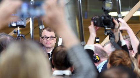 Finlandia apuesta por el cambio y elige al millonario Sipilä