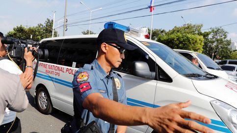 Mueren tres niños en Filipinas tras quedarse 4 horas encerrados en un coche a 35 grados