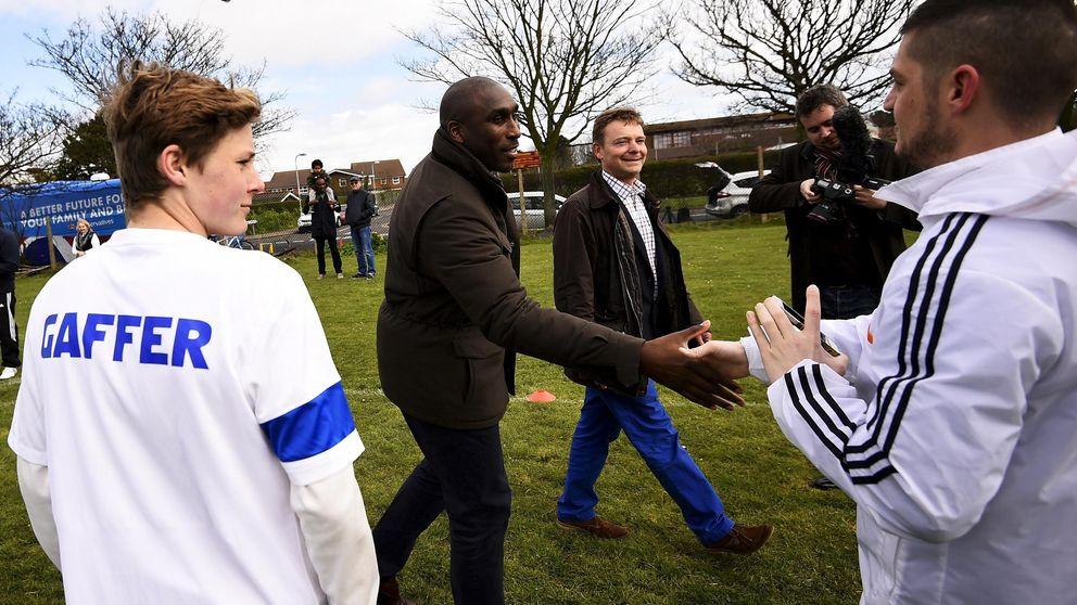 El exjugador Sol Campbell arranca su carrera hacia la alcaldía de Londres