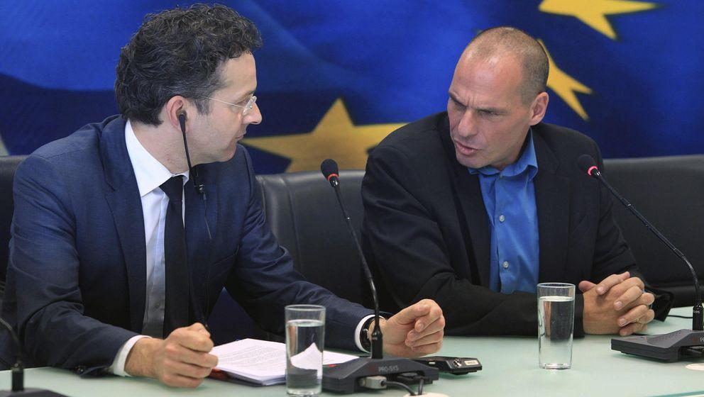 Foto: Tensa rueda de prensa entre el presidente del Eurogrupo, Jeroen Dijsselbloem y el ministro de Finanzas griego, Yanis Varufakis (EFE)