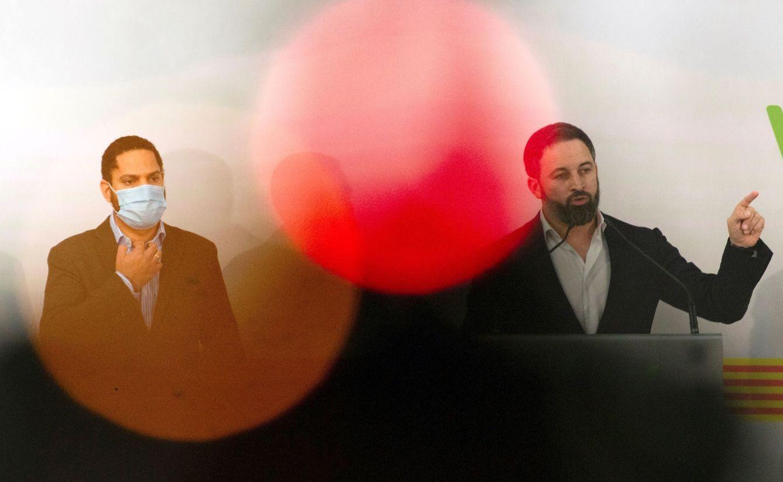 Ignacio Garriga y Santiago Abascal, en rueda de prensa. (EFE)