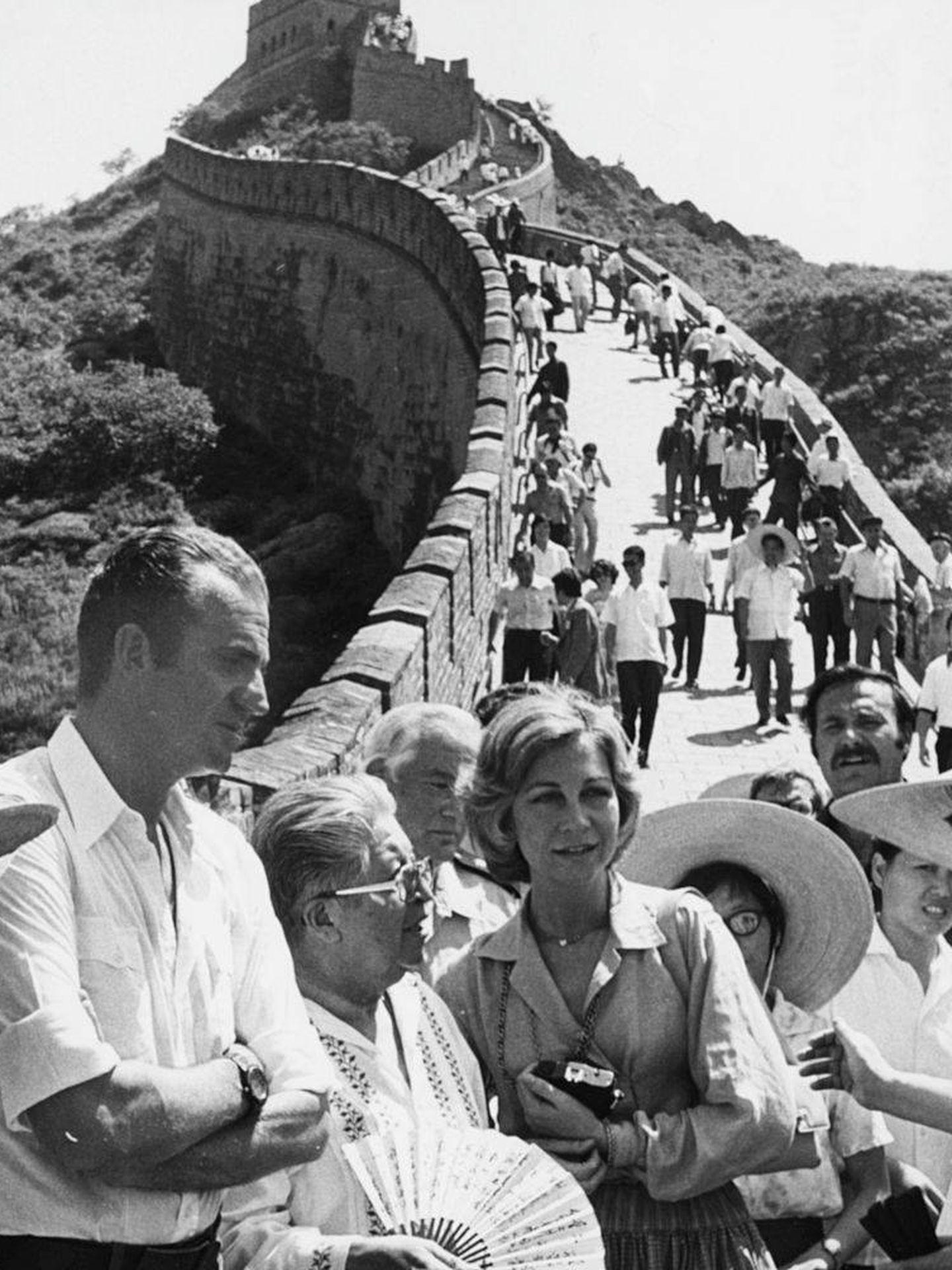 Los reyes Juan Carlos y Sofía, en un viaje a China en 1978. (Getty)