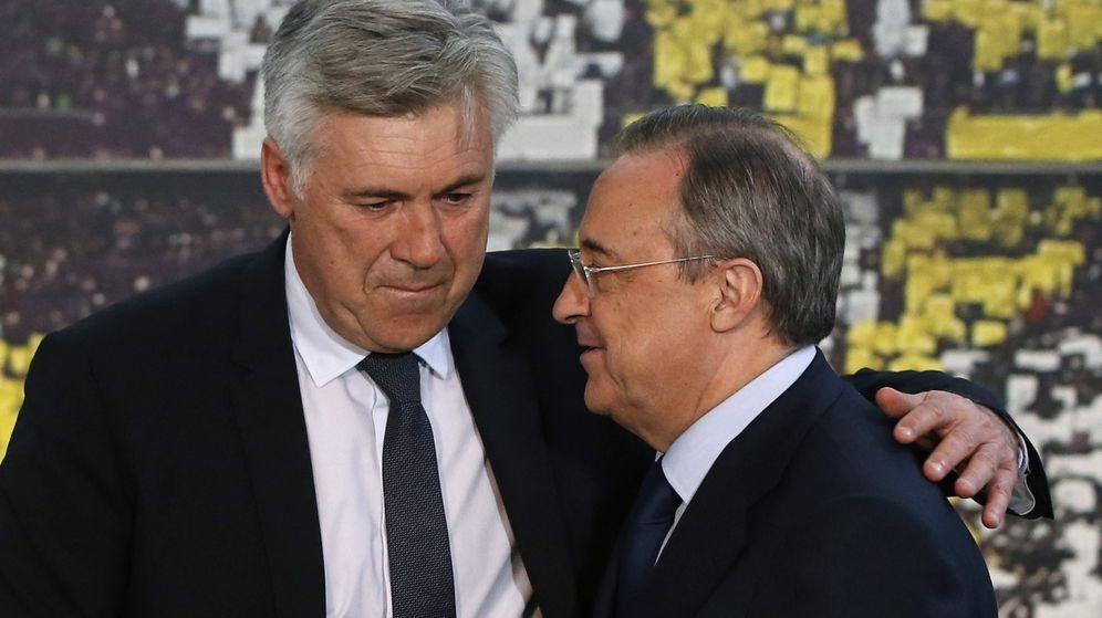 Foto: Florentino Pérez y Carlo Ancelotti el día de la presentación del italiano.