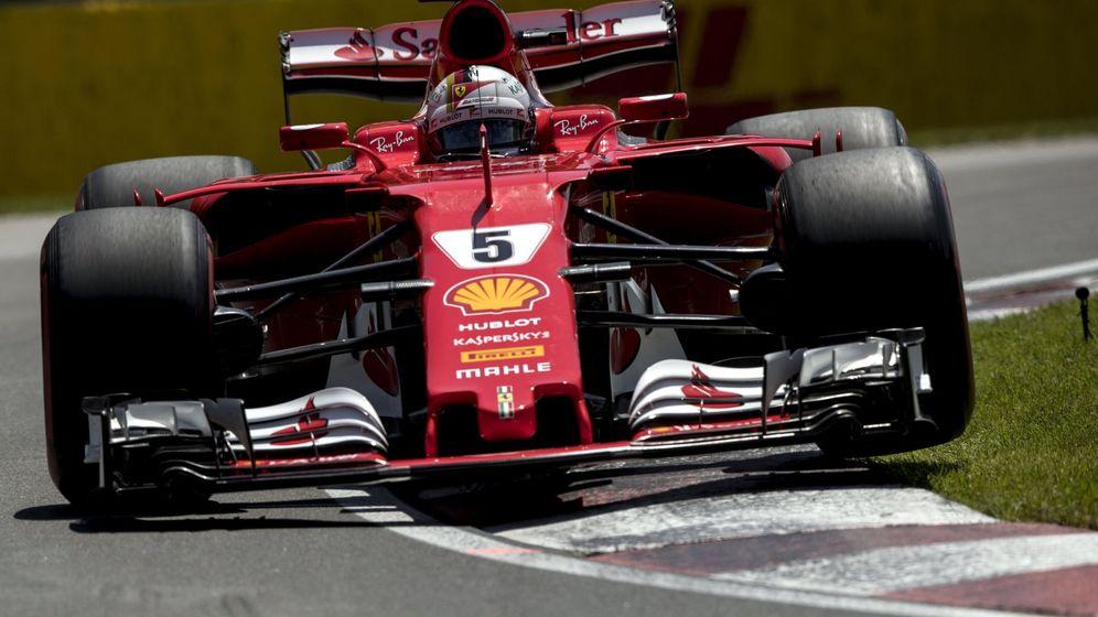 Foto: Sebastian Vettel a los mandos de su Ferrari. (EFE)
