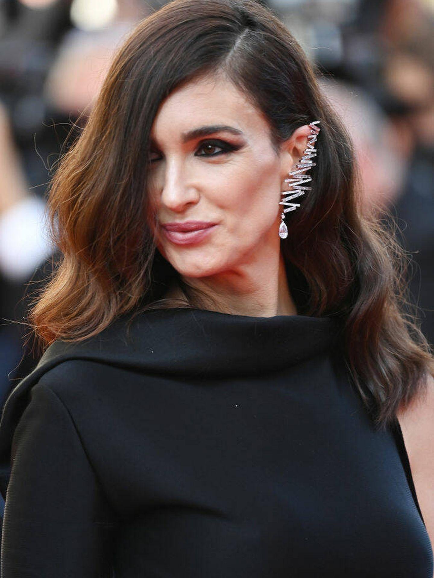 Paz Vega luciendo un pendiente de Messika en Cannes. (Getty)