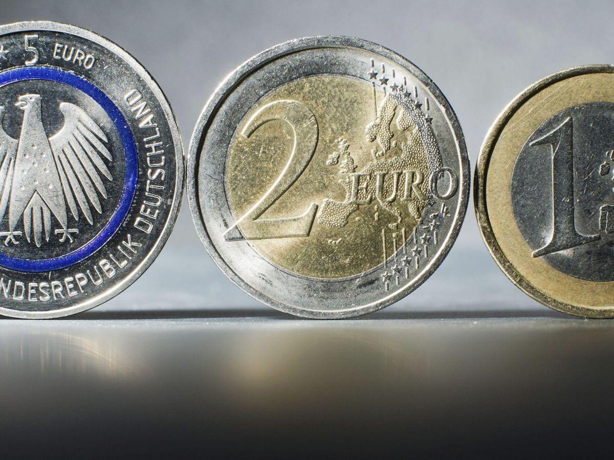 Foto: Monedas de cinco, dos y un euro. (EFE)