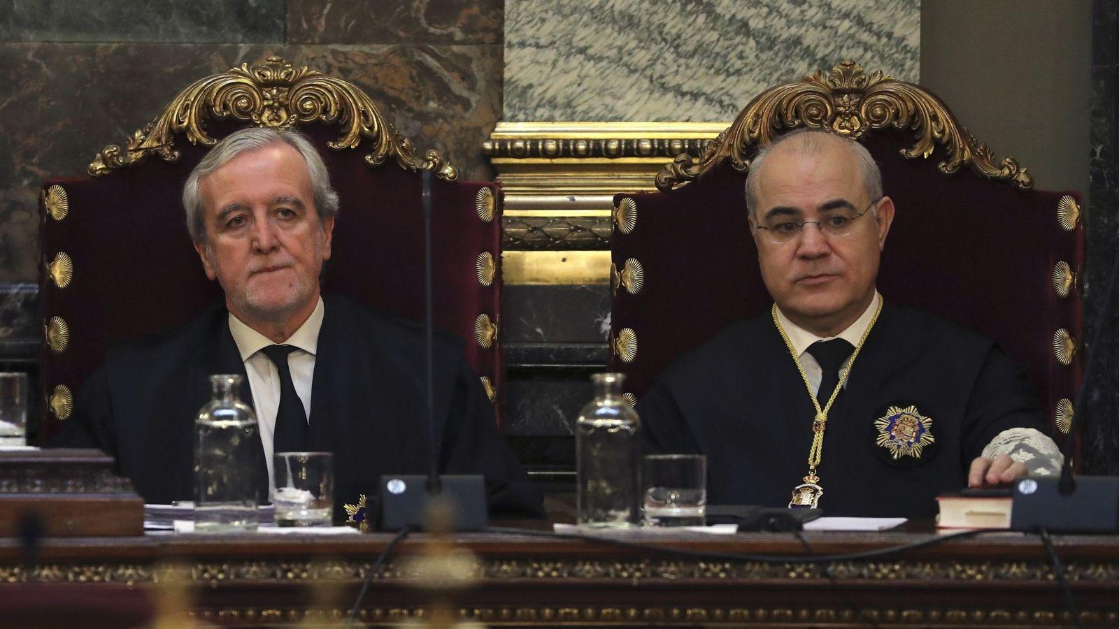 Foto: De izquierda a derecha los magistrados del Tribunal Supremo, Jose Ramón Verdugo y Pablo Llarena. (EFE)