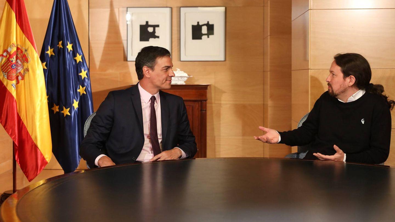 Pedro Sánchez y Pablo Iglesias, durante su reunión en el Congreso de los Diputados, el 11 de junio de 2019. (Inma Mesa | PSOE)