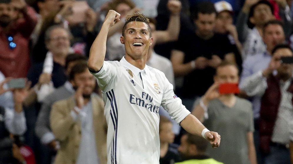 Foto: Cristiano Ronaldo cambia su posición tras el caso Hacienda. (EFE)