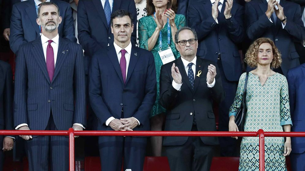 Foto: El Rey y Torra, juntos en los Juegos del Mediterráneo en medio de las protestas