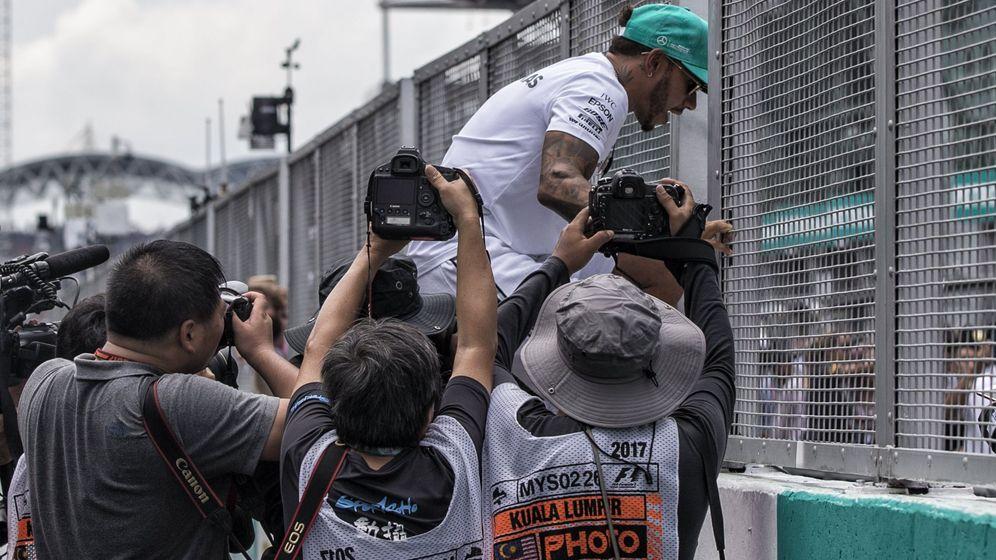 Foto: Lewis Hamilton dio un gran paso adelante hacia su cuarto título en Sepang. (EFE)