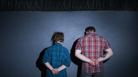 El acertijo imposible de los dos prisioneros: tiene solución, aunque no lo parezca