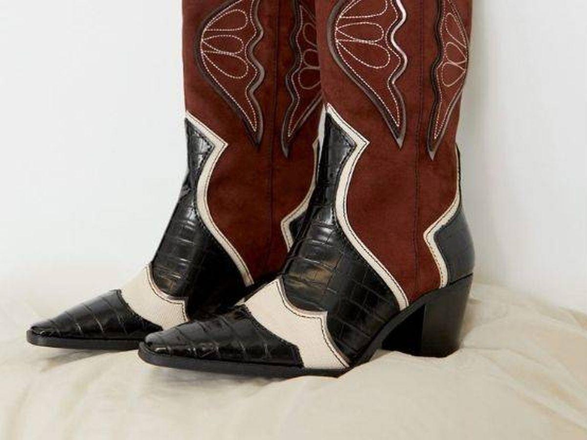 Foto: Botas cowboy de Stradivarius. (Cortesía)