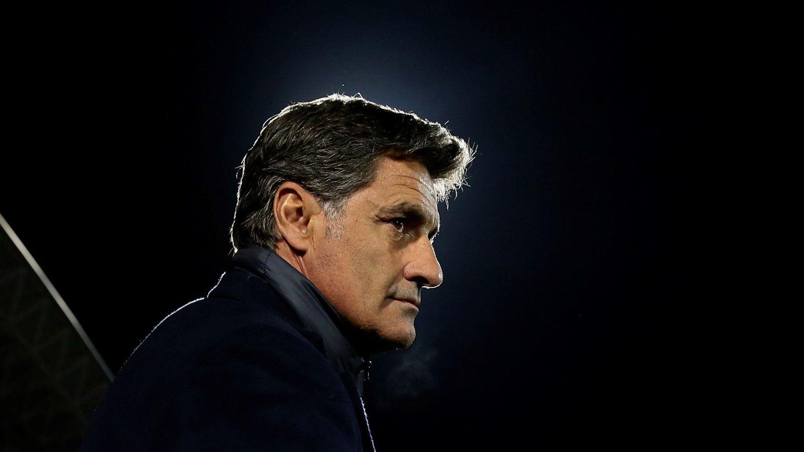 Foto: La mala dinámica del Málaga provocó el despido de Míchel. (EFE)