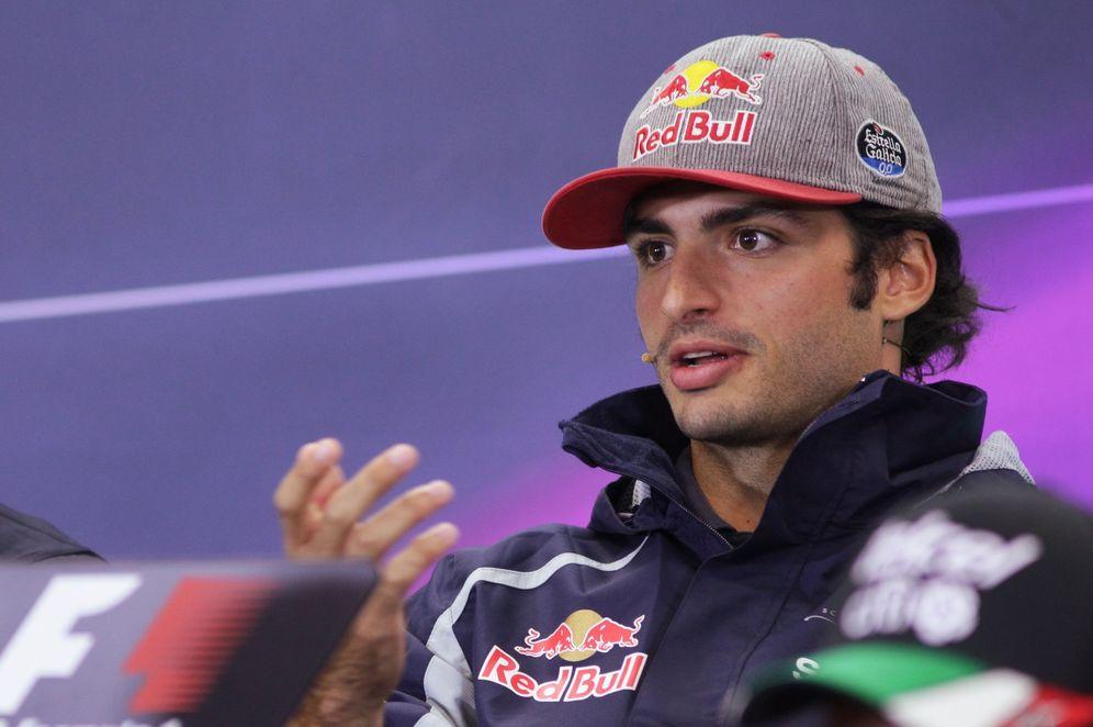 Foto: Carlos Sainz también se cuela en las quinielas para sustituir en Mercedes a Nico Rosberg. (EFE)
