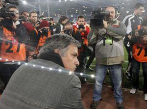 Mourinho y Rubén (Levante), denunciados por el Comité por hablar mal de los árbitros
