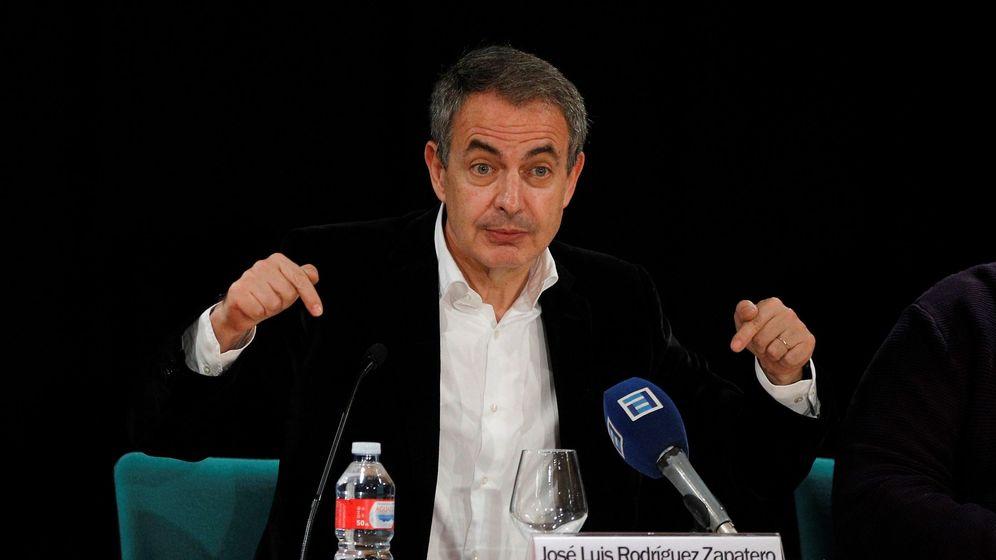 Foto: José Luis Rodríguez Zapatero en una conferencia en Oviedo.