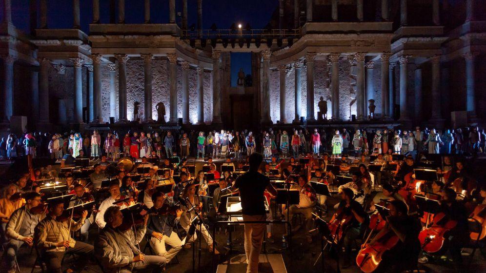 Foto: Pase gráfco de Sansón y Dalila, montaje que abrió en 2019 la 65ª edición del  Festival Internacional de Teatro Clásico de Mérida. (EFE)