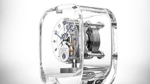 Atmos 568 by Marc Newson, el tiempo se convierte en pureza