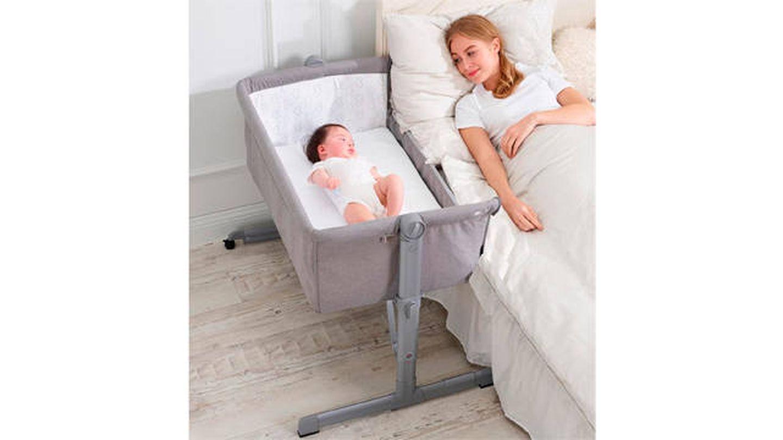 Minicuna colecho para tener al bebé junto a la cama