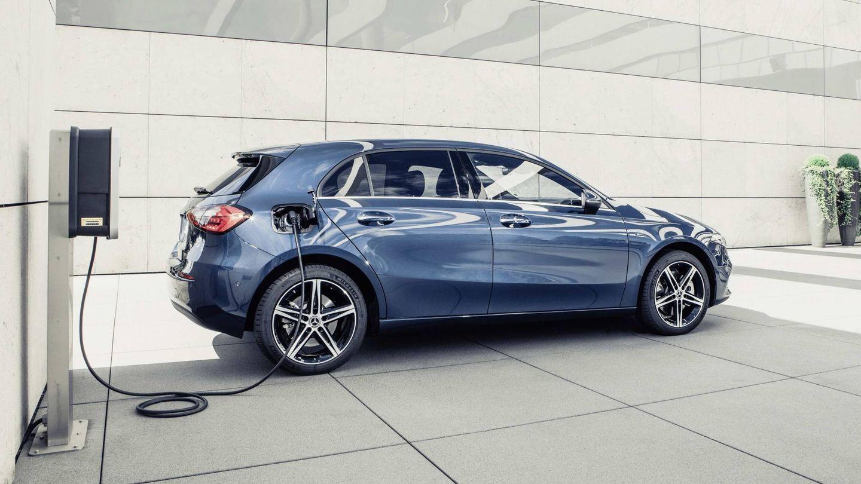 El punto de partida de  la gama enchufable de Mercedes es el nuevo A250 con 218 caballos de potencia combinada. e