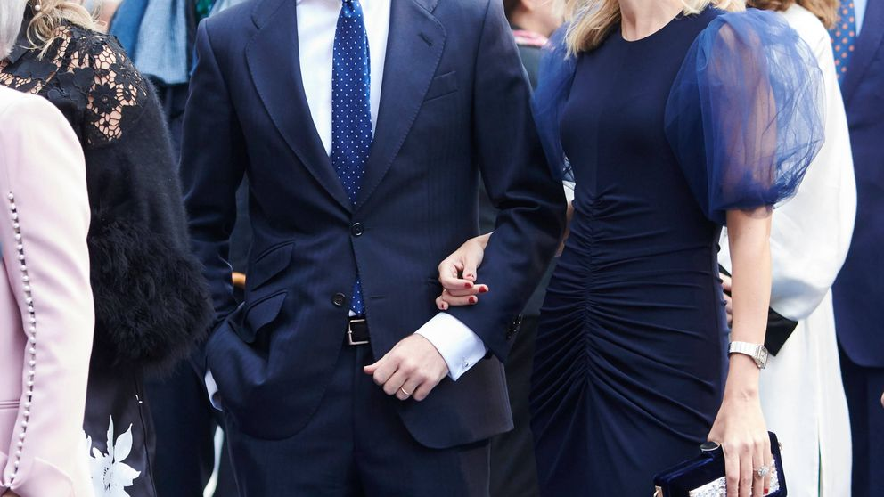 Duelo de 'primeras damas' entre las parejas de Rivera y Casado