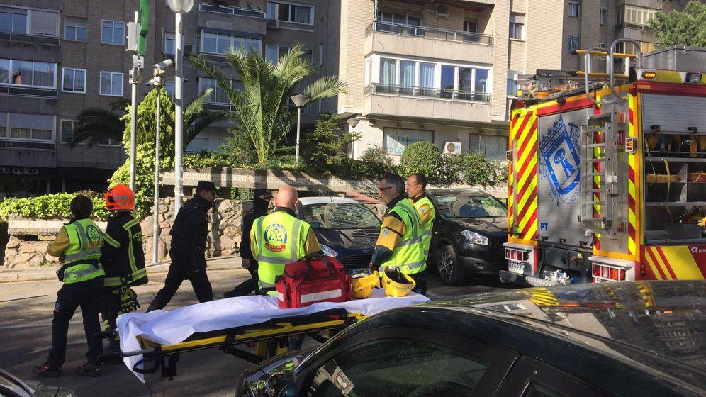 Foto: Imagen de los servicios de emergencia en la zona del suceso. (Emergencias Madrid)