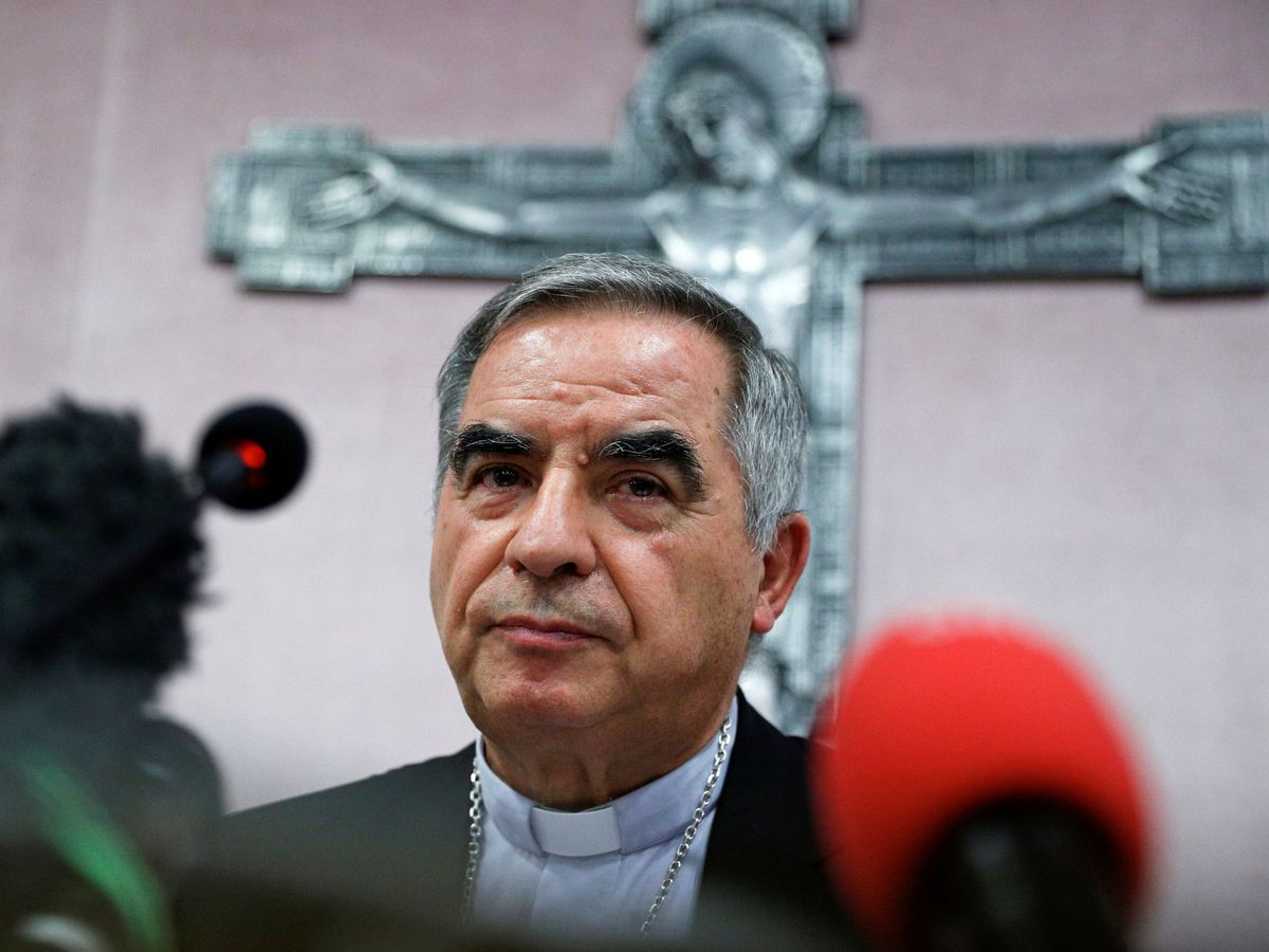 Foto: El cardenal Angelo Becciu. (Reuters)