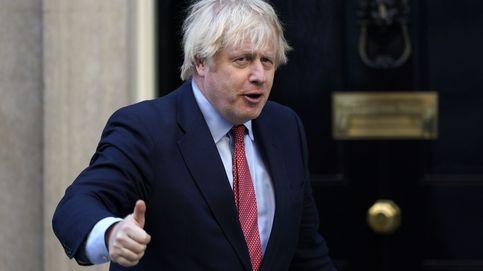 Johnson no descarta otorgar la ciudadanía británica a los habitantes de Hong Kong