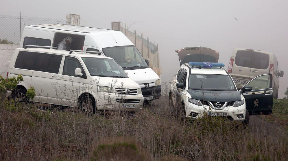 Foto: Un amplio dispositivo estuvo durante horas buscando los dos cuerpos. (EFE)