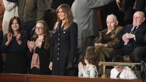 Melania Trump se disfraza de coronel en el Congreso
